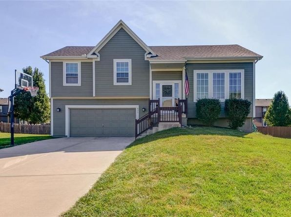 3 bed 3 bath Single Family at 835 N Sycamore Ct Gardner, KS, 66030 is for sale at 230k - 1 of 25