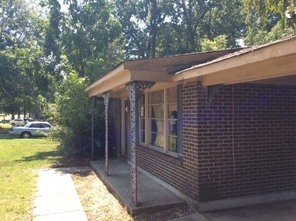 3 bed 1 bath Single Family at 625 Wisteria Rd Prattville, AL, 36067 is for sale at 78k - 1 of 4