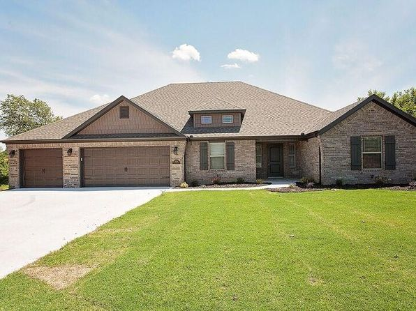 4 bed 3 bath Single Family at 1230 Spring Hollow Rd Bentonville, AR, 72712 is for sale at 315k - 1 of 28