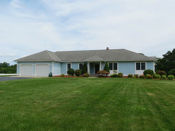 3 bed null bath Single Family at 841 Seven Mile Rd Hope, RI, 02831 is for sale at 700k - 1 of 34