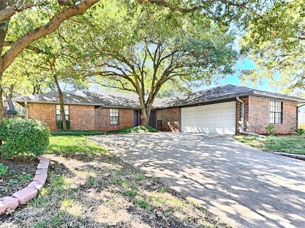 3 bed 2 bath Single Family at 3108 Sugar St Bedford, TX, 76021 is for sale at 260k - 1 of 25