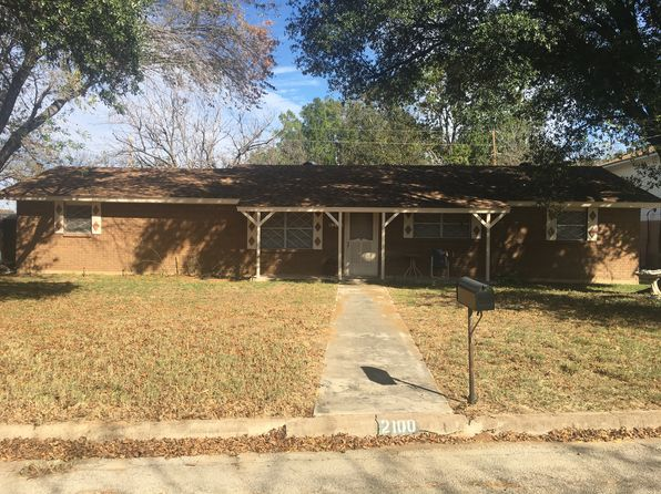 3 bed 2 bath Single Family at 2100 17TH ST BROWNWOOD, TX, 76801 is for sale at 100k - 1 of 11