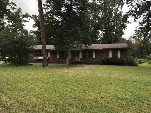 3 bed 2.5 bath Single Family at 100 Virginia St Linden, TX, 75563 is for sale at 60k - 1 of 16