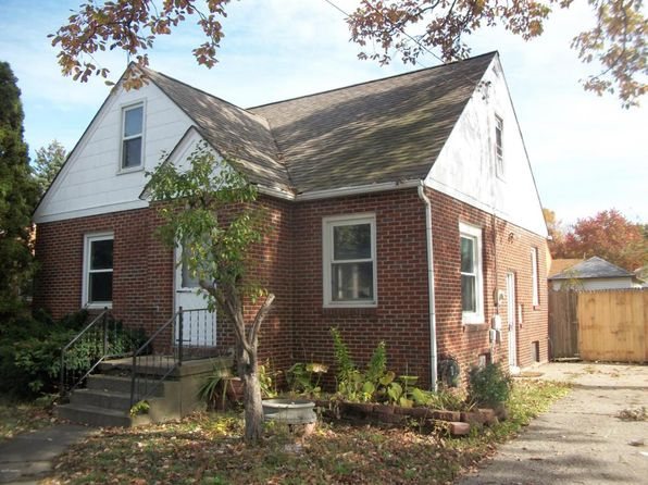 4 bed 4 bath Single Family at 1642 Burlingame Ave SW Wyoming, MI, 49509 is for sale at 120k - 1 of 9