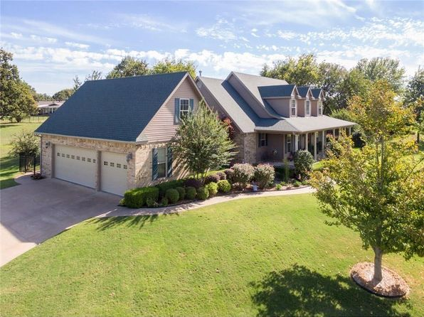 4 bed 5 bath Single Family at 8 LOVERS LN VAN BUREN, AR, 72956 is for sale at 339k - 1 of 30