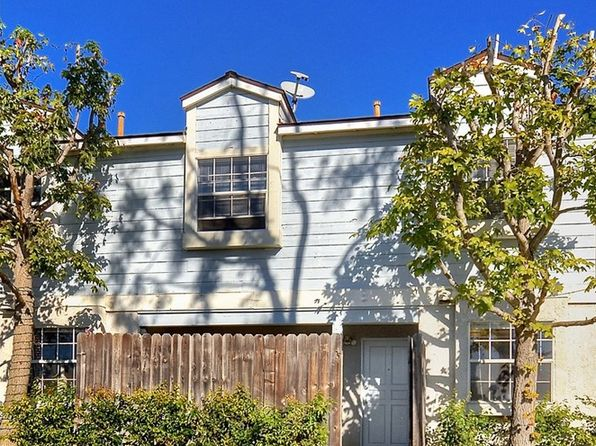 3 bed 2 bath Townhouse at 936 W 18th St Costa Mesa, CA, 92627 is for sale at 499k - 1 of 22