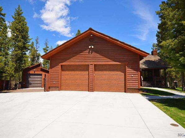 4 bed 4 bath Single Family at 728 Elk Place Pl West Yellowstone, MT, 59758 is for sale at 599k - 1 of 21