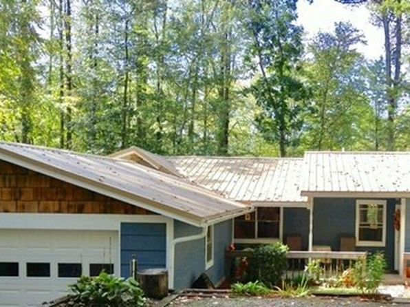 3 bed 2 bath Single Family at 22 Horseshoe Cir Franklin, NC, 28734 is for sale at 129k - 1 of 32