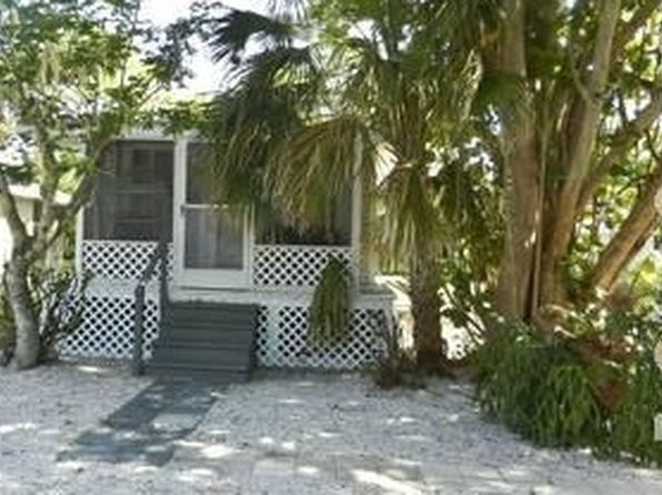 2 bed 1 bath Single Family at 1013 Ridge St Naples, FL, 34103 is for sale at 210k - 1 of 6