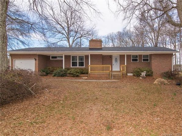 4 bed 2 bath Single Family at 125 PANDORA RD MOORESVILLE, NC, 28115 is for sale at 205k - 1 of 29