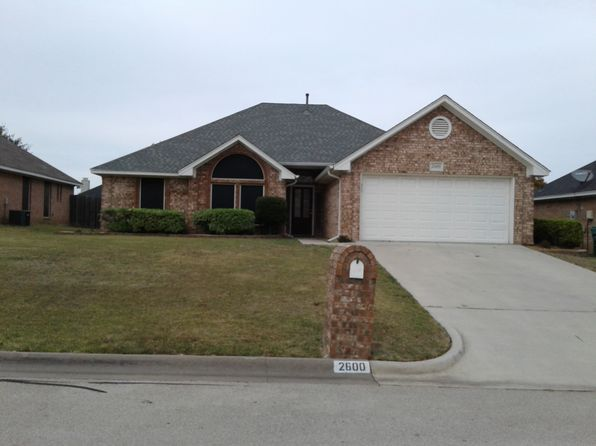 3 bed 2 bath Single Family at 2600 John Dr Denton, TX, 76207 is for sale at 195k - 1 of 12