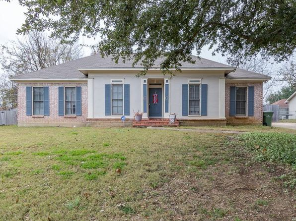 4 bed 2 bath Single Family at 2636 Crossgate Trl Montgomery, AL, 36117 is for sale at 165k - 1 of 31