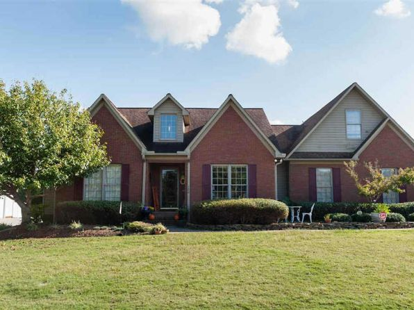 3 bed 2.5 bath Single Family at 120 Stonehedge Dr Inman, SC, 29349 is for sale at 249k - 1 of 25