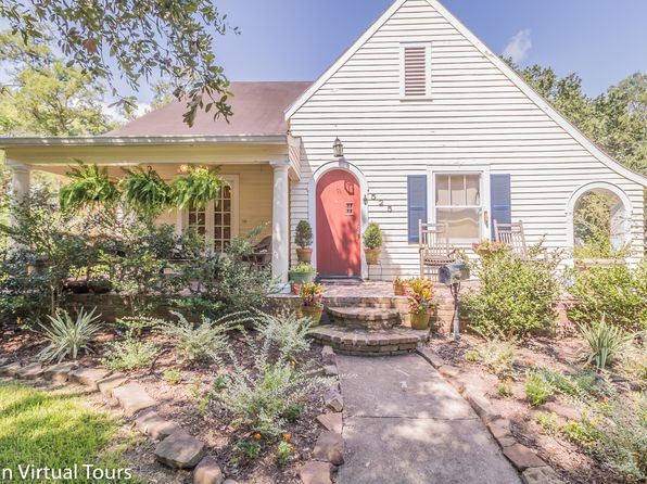 3 bed 3 bath Single Family at 525 N Avenue H Crowley, LA, 70526 is for sale at 224k - 1 of 31