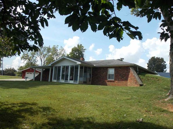 2 bed 2 bath Single Family at 579 E 60 State Rd Mitchell, IN, 47446 is for sale at 109k - 1 of 8