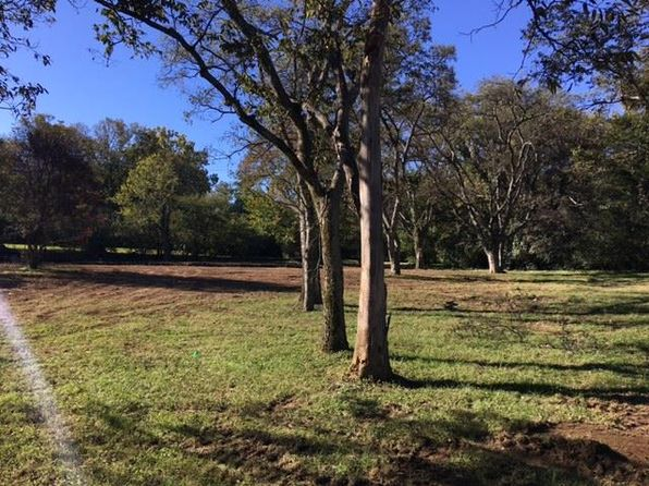 2 bed null bath Vacant Land at 6357 BRESSLYN RD NASHVILLE, TN, 37205 is for sale at 430k - 1 of 5