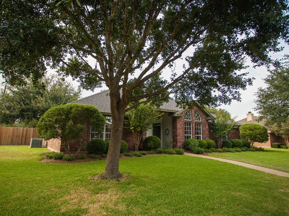 4 bed 2 bath Single Family at 817 Stoneridge Dr Hewitt, TX, 76643 is for sale at 240k - 1 of 22