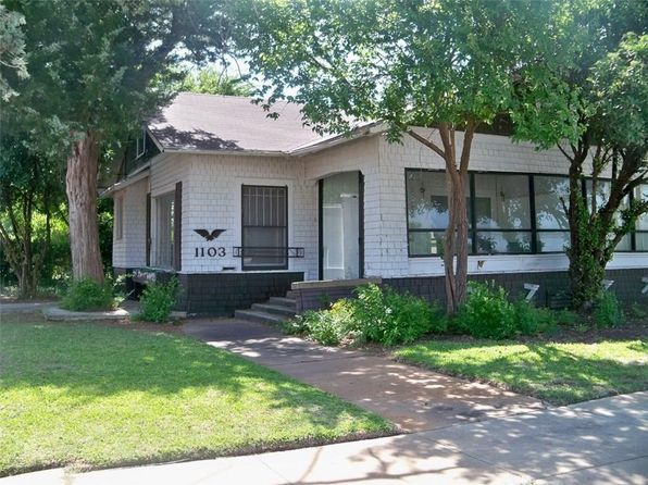 3 bed 3 bath Single Family at 1103 W Commercial Ave S Coleman, TX, 76834 is for sale at 55k - 1 of 31