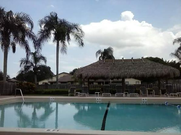 2 bed 2 bath Condo at 7926 SE Villa Cir Hobe Sound, FL, 33455 is for sale at 130k - 1 of 8