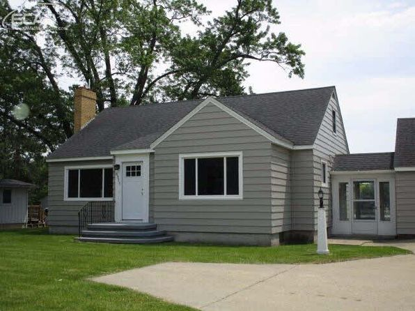 2 bed 2 bath Single Family at 6311 Silver Lake Rd Linden, MI, 48451 is for sale at 250k - 1 of 17