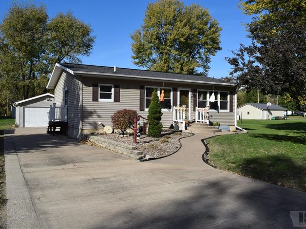 2 bed 1 bath Single Family at 411 34th Pl Fort Madison, IA, 52627 is for sale at 95k - 1 of 25