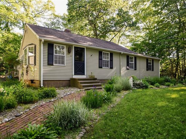 3 bed 2 bath Single Family at 94 FAIRY DELL RD CLINTON, CT, 06413 is for sale at 270k - 1 of 25