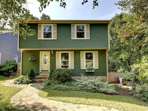 3 bed 2 bath Single Family at 39 Okinawa Ave Warwick, RI, 02889 is for sale at 279k - 1 of 23