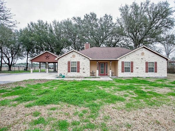 3 bed 3 bath Single Family at 17963 County Line Rd Winnie, TX, 77665 is for sale at 365k - 1 of 25