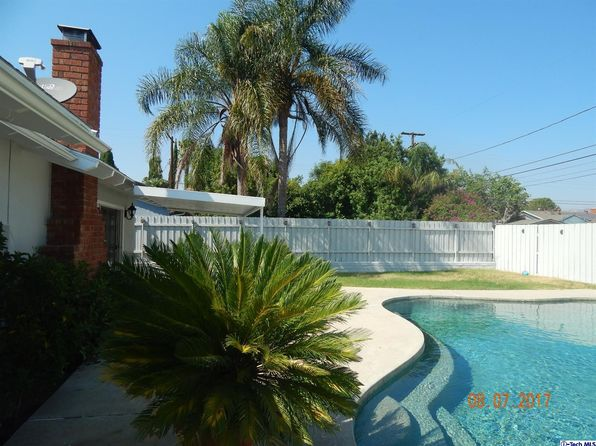 3 bed 2 bath Single Family at 10438 Jordan Ave Chatsworth, CA, 91311 is for sale at 629k - 1 of 45
