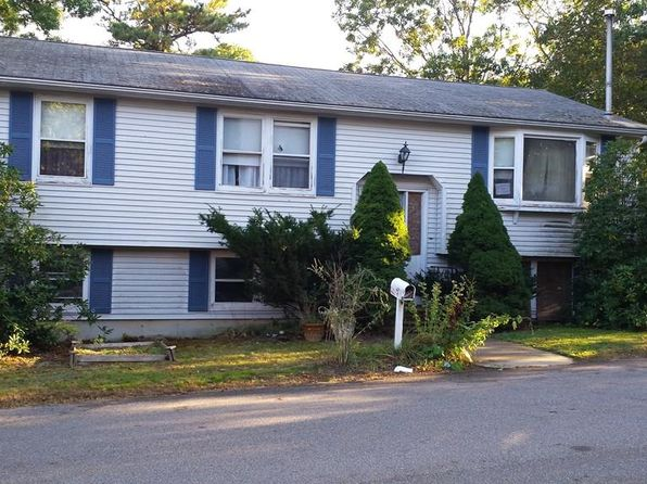 3 bed 2 bath Single Family at 142 Quinn Rd Lynn, MA, 01904 is for sale at 279k - 1 of 5