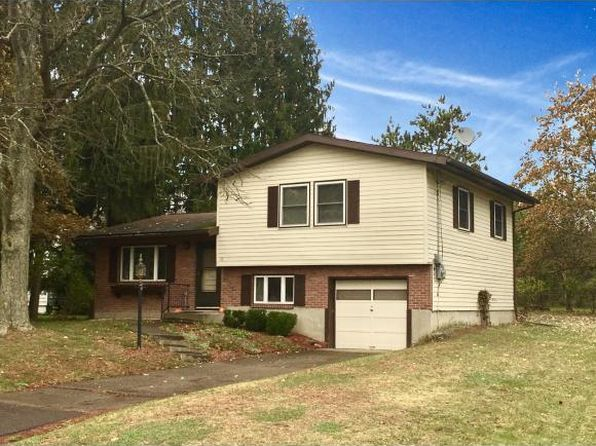 3 bed 1 bath Single Family at 10 Lincolnshire Blvd Owego, NY, 13827 is for sale at 120k - 1 of 24