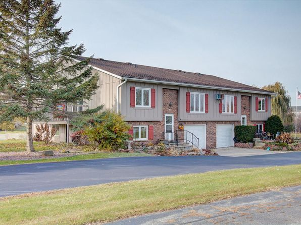3 bed 2 bath Condo at 304 Manchester Ln Hartland, WI, 53029 is for sale at 138k - 1 of 23