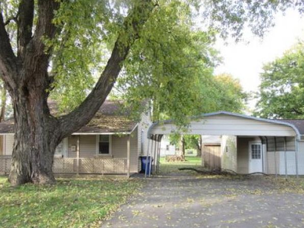 2 bed 1 bath Single Family at 3262 E Wallace St Decatur, IL, 62526 is for sale at 20k - 1 of 9