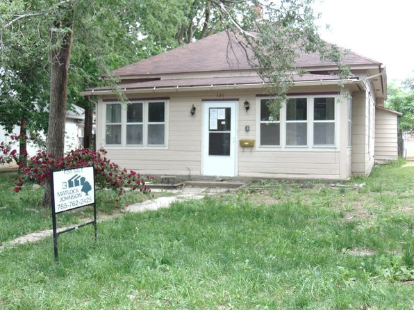 3 bed 1 bath Single Family at 121 E 1st St Junction City, KS, 66441 is for sale at 23k - 1 of 14