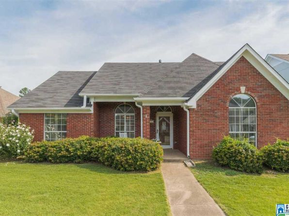 3 bed 2 bath Single Family at 113 Stratford Cir Pelham, AL, 35124 is for sale at 173k - 1 of 32