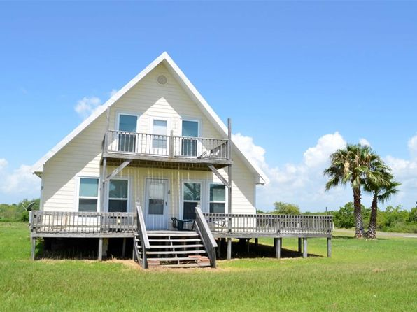 2 bed 2 bath Single Family at 552 Marshall Johnson Ave S Port Lavaca, TX, 77979 is for sale at 190k - 1 of 8