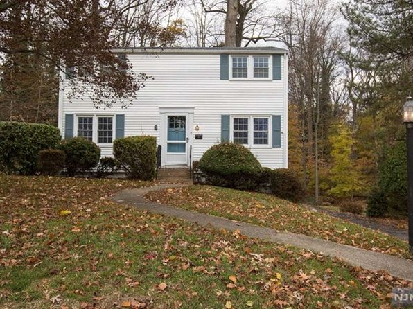 4 bed 2 bath Single Family at 7 Dogwood Ln Montvale, NJ, 07645 is for sale at 450k - 1 of 23