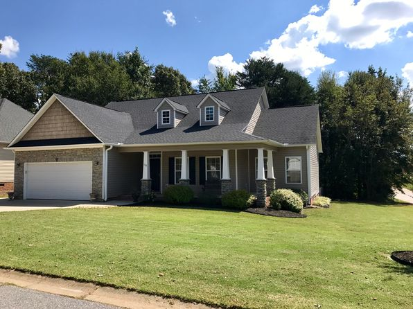 4 bed 2 bath Single Family at 102 Teakwood Ct Boiling Springs, SC, 29316 is for sale at 185k - 1 of 23