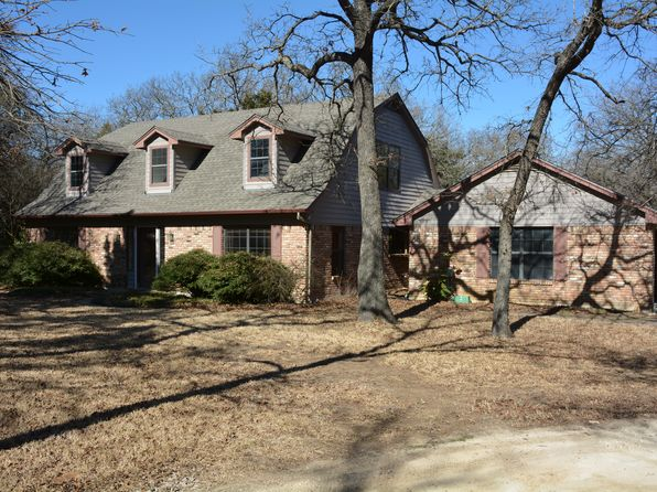 4 bed 3 bath Single Family at 8141 County Road 305 Grandview, TX, 76050 is for sale at 399k - 1 of 16