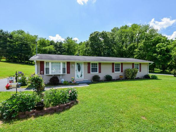 4 bed 2 bath Single Family at 1231 Alleghany Spring Rd Shawsville, VA, 24162 is for sale at 140k - 1 of 26