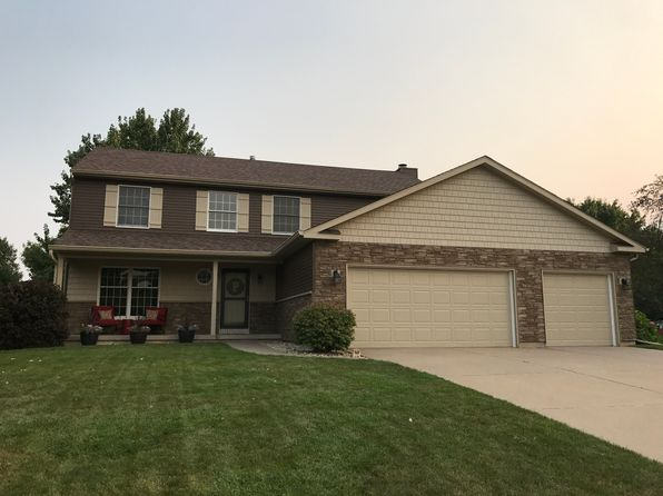 4 bed 4 bath Single Family at 5460 Taylor Ave Bettendorf, IA, 52722 is for sale at 345k - 1 of 18