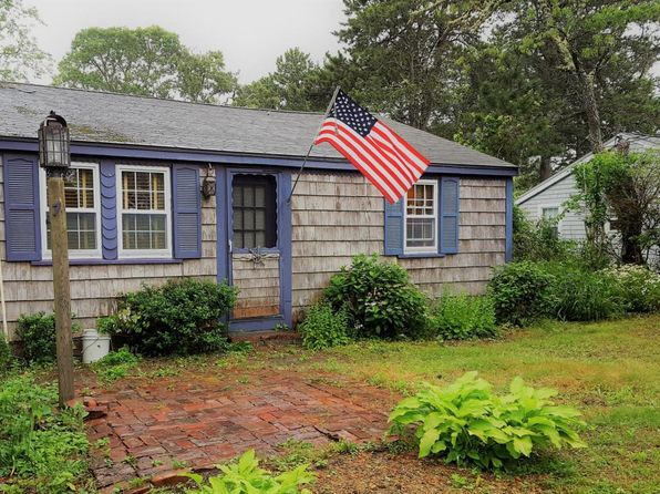 2 bed 1 bath Single Family at 7 Bassett Ln Dennis Port, MA, 02639 is for sale at 185k - 1 of 20