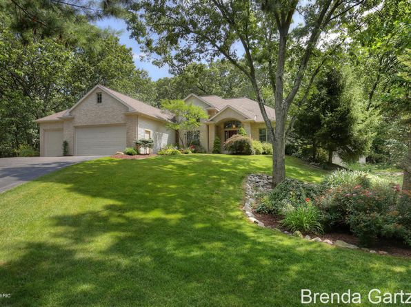 3 bed 3 bath Single Family at 8436 Rocky Pines Dr NE Rockford, MI, 49341 is for sale at 395k - 1 of 46