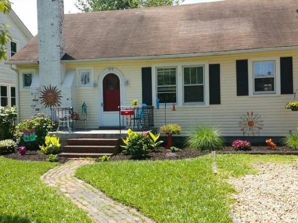 3 bed 1 bath Single Family at 309 Raleigh Ave Hampton, VA, 23661 is for sale at 150k - 1 of 24
