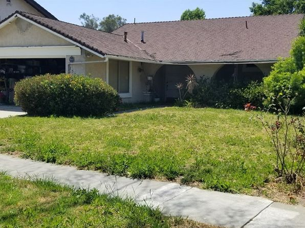 3 bed 2 bath Single Family at 2534 N Forest Ave Santa Ana, CA, 92706 is for sale at 520k - 1 of 18