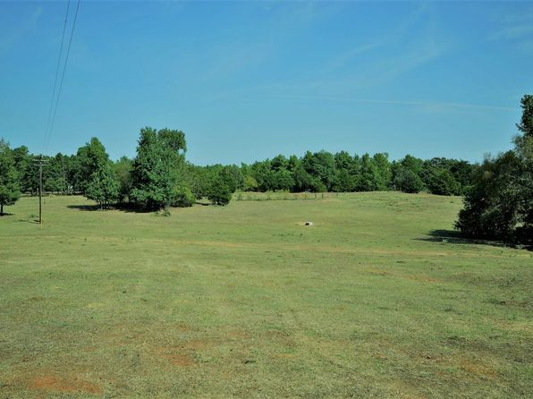 2 bed 1 bath Single Family at 12410 St. Hwy 110 N New Summerfield, TX, 75780 is for sale at 485k - 1 of 50