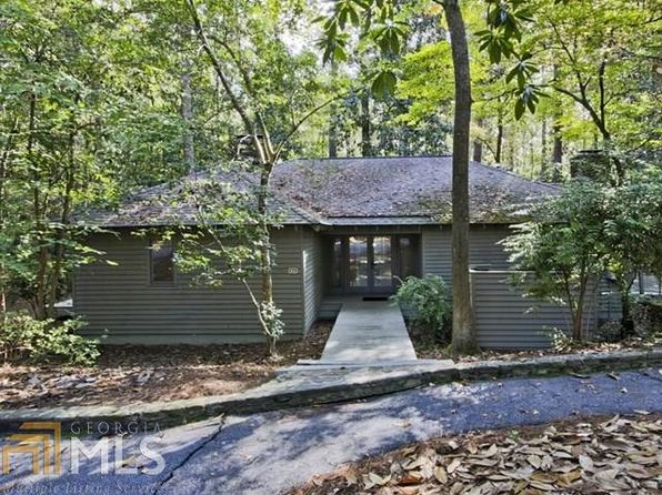 2 bed 2 bath Single Family at 1031 Mountain Creek Dr Pine Mountain, GA, 31822 is for sale at 140k - 1 of 24