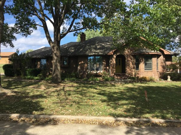 4 bed 5 bath Single Family at 1005 N Sycamore Dr Grove, OK, 74344 is for sale at 245k - 1 of 27