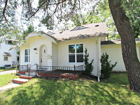 4 bed 2 bath Single Family at 1933 Copeman Blvd Flint, MI, 48504 is for sale at 20k - 1 of 24