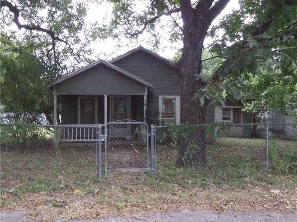1 bed 1 bath Single Family at 225 N Harrell St Dublin, TX, 76446 is for sale at 20k - 1 of 3